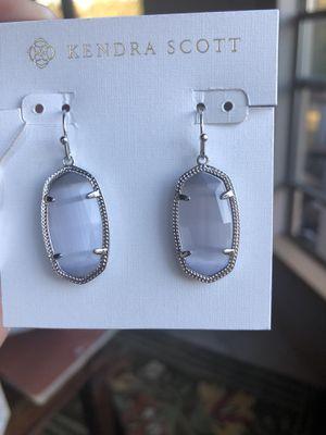 NWT Kendra Scott silver faceted Dani in slate grey for Sale in Austin, TX