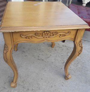 End Table for Sale in Sanger, CA