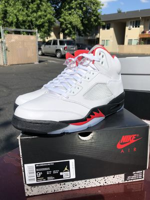 Jordan 5 Fire Red size 9.5 DS/ Brand New for Sale in Portland, OR
