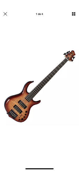 Sire Marcus Miller M7 2nd Gen 5 String Guitar Bass, bag included by marcus miller for Sale in North Las Vegas, NV