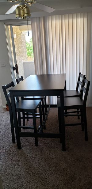 Dining table 46x29x37 for Sale in Las Vegas, NV