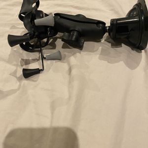 RAM Ipad Mini Suction Cup mount for Sale in Hollywood, FL