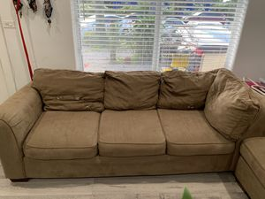 Sectional sofa for Sale in Miami Gardens, FL