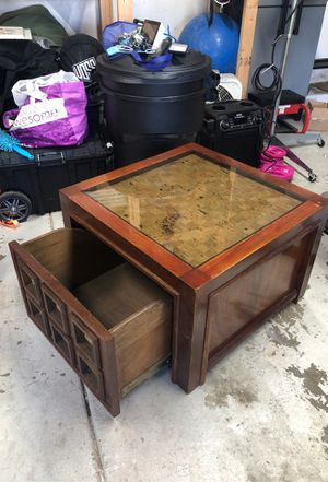 Coffee table/ side table with storage for Sale in San Lorenzo, CA