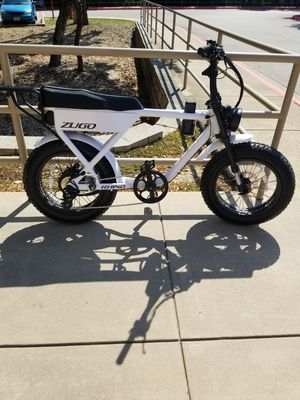 Electric bike zugo rhino. Goes up to 28 mph. for Sale in Chicago, IL