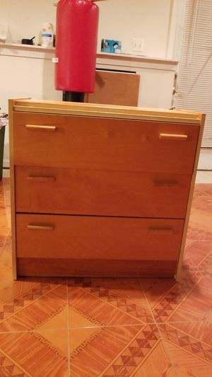 Book case shelf with drawer for Sale in Chantilly, VA
