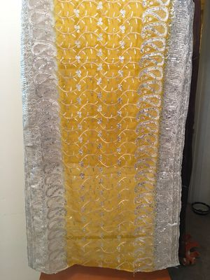 Vintage Indian dupatta wedding scarf. for Sale in Apache Junction, AZ