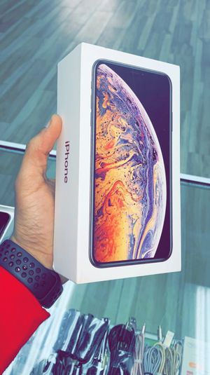 Apple iPhone XS Max 64gb Factory Unlocked, Like New! BlackFriday Deal! Nov 27 (11:30AM-6PM) for Sale in Arlington, TX