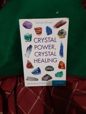 Crystal power Healing Book $20.00 cash only (serious buyers) for Sale in Dallas, TX