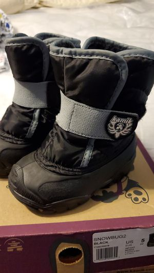 Toddler Kamik snow boots for Sale in Chula Vista, CA