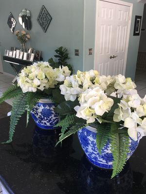 Artificial flowers potted plant - home for Sale in Victorville, CA