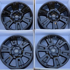 "20"" Toyota Tundra gloss Black Wheels rims for Sale in Huntington Beach, CA"