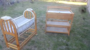 Auto rock & sleeper, changing table with drawer for Sale in Muscoy, CA