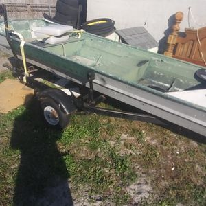 12 Ft. Johnboat With Ttrailer And Trolling Moyer 350 for Sale in Frostproof, FL