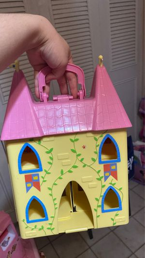 Peppa pig house for Sale in Miami, FL