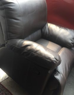 Recliner for Sale in Compton,  CA