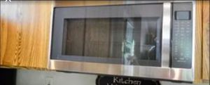 New ish Whirlpool Microwave 1.9 ft^3 Over the Range for Sale in Houston, TX