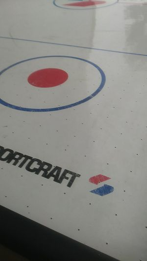 Air hockey table for Sale in Lynwood, CA