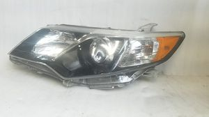 2012 2013 2014 2015 Toyota Camry Headlight for Sale in Lynwood, CA