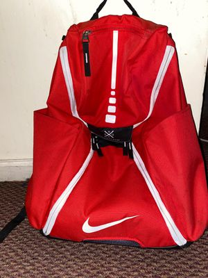 Red Nike Elite Bag for Sale in New York, NY