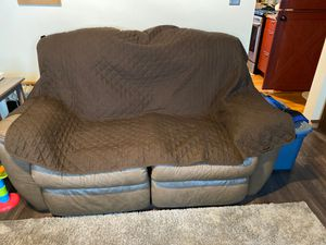 Leather couch/loveseat for Sale in Saegertown, PA