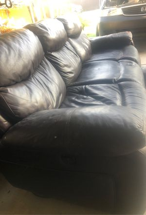 Brown Couch for Sale in Bakersfield, CA