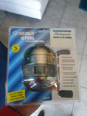 Shakespeare Synergy Steel 4003S Closed Face Spinning Fishing Reel Catfish for Sale in Sun City Center, FL