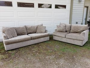 Bauhaus Couch and Loveseat (Excellent Condition) for Sale in Olalla, WA