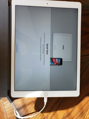 IPAD PRO Wi-Fi + Cellular 128 GB 12.9inches only for Parts. for Sale in Alexandria, VA