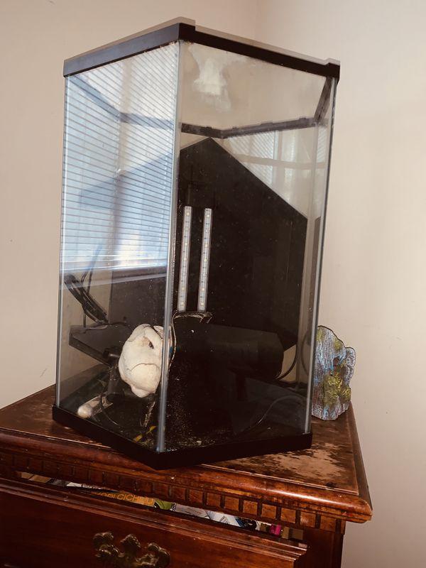25 gallon Fish tanks
