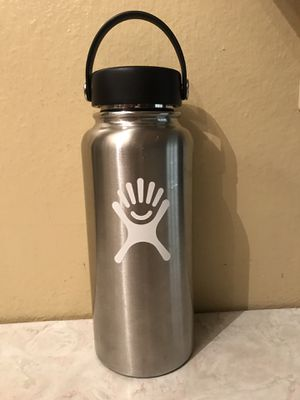 HydroFlask 32 oz Hydro Flask stainless steel Wide Mouth Water Thermos With New Lid for Sale in Tempe, AZ