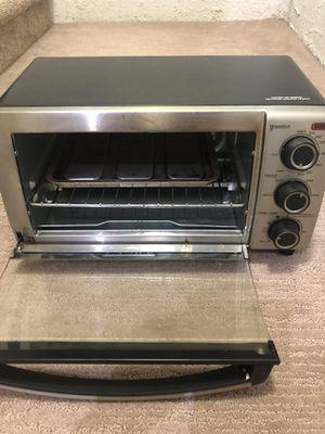 Black & Decker 4-Slice Toaster Oven for Sale in Troy, MI