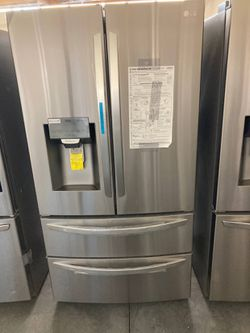 27.8 cu. ft. 4 Door French Door Smart Refrigerator with 2 Freezer Drawers and Wi-Fi Enabled in Stainless Steel for Sale in City of Industry,  CA
