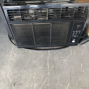 Window Ac Unit With Remote for Sale in Bakersfield, CA