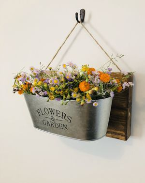 Farmhouse Planter Wall Decor for Sale in Jacksonville, NC
