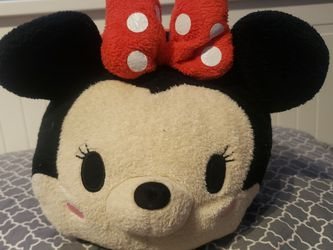 Disney Minnie Mouse Tsum Tsum (Mickey And Friends) for Sale in Los Angeles,  CA