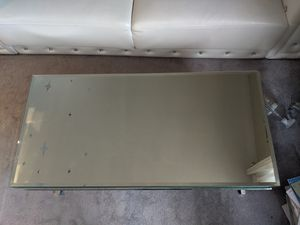 Mirror coffee table for Sale in Lodi, NJ