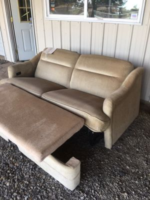 RV electric couch/bed for Sale in Donald, OR