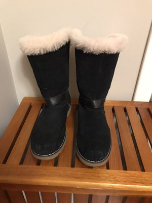 Women's Ugg boots sz 5 for Sale in Denver, CO