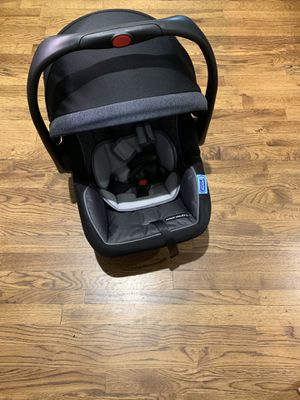 LIKE NEW! Graco Click Connect + Travel System for Sale in Dallas, TX