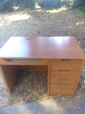 Regular desk for Sale in Oakland, CA