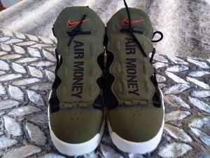 Nike airmoneys size 12 for Sale in Warwick, RI