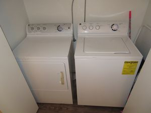 GE Full Size Washer & Dryer (Electric) for Sale in Houston, TX