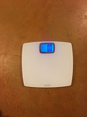Taylor Digital Scale in White for Sale in Phoenix, AZ