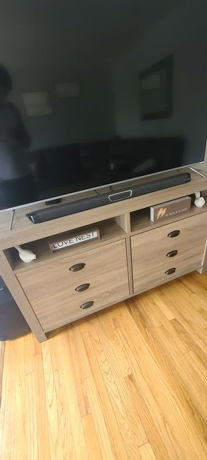 Polk Audio MagniFi Max Soundbar & SR1 rear surround speakers for Sale in Southgate, MI