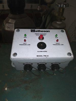 Pressure monitor indicating pressure switch. Matheson pm-24 for Sale in Hughson, CA