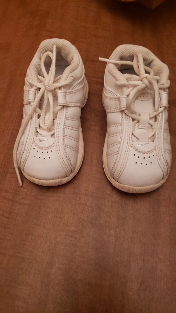Shoes nike for boys size 6