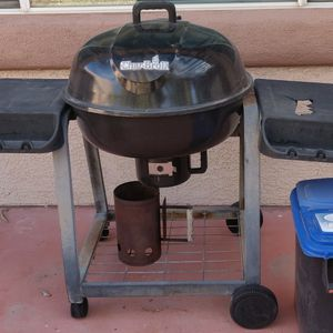 Barbeque BBQ Grill Real Wood w Chimney And Charcoal Storage for Sale in Las Vegas, NV