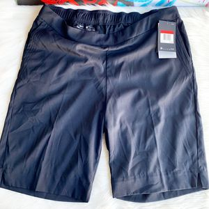 Women's Nike Dri-FIT Golf Shorts UV Black NWT for Sale in Chandler, AZ
