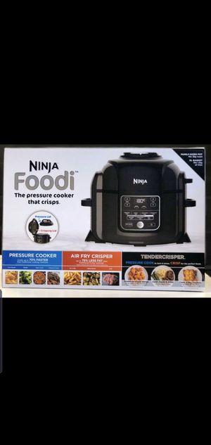 Ninja foodi pressure cooker 6.5 qt for Sale in Visalia, CA